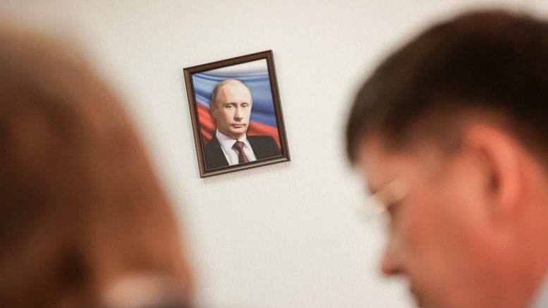Valentin Katasonov: Putin's plans are good, if you look only the TV