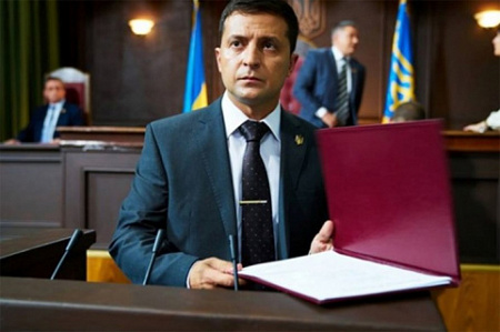 Showman Zelensky was a big realist, than Poroshenko