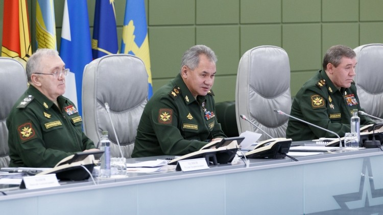 Shoigu congratulated servicemen and Russian citizens a Happy New Year