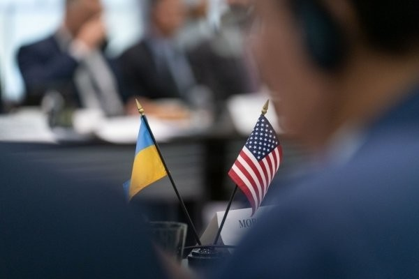 The media reported on the transfer of a large batch of US arms to Ukraine