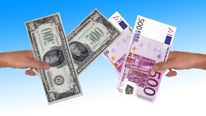 Central Bank set the official dollar and the euro on 12 December