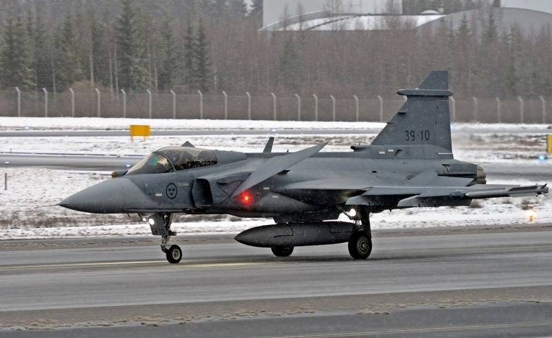 The Finnish Air Force continue to choose a fighter to replace the F / A-18 Hornet