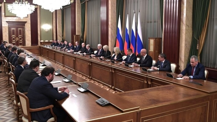 Solonnikov: the new government of the Russian Federation formed to quickly perform tasks President