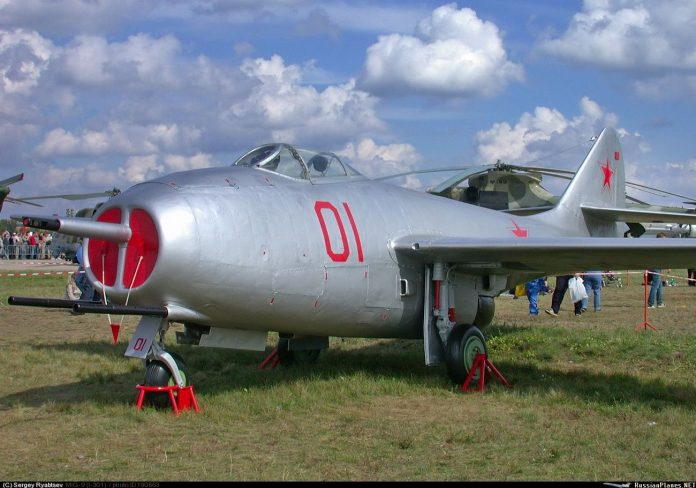 MIG-9: The first Soviet fighter with jet engine