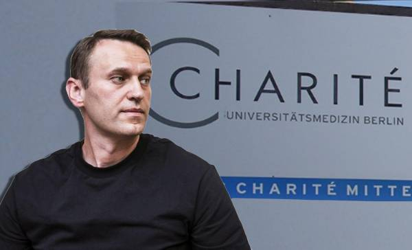 Why did the German clinic refuse money for Navalny's treatment