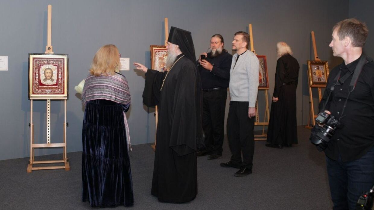 An exhibition of hand-embroidered icons opens in the Cathedral of Christ the Savior