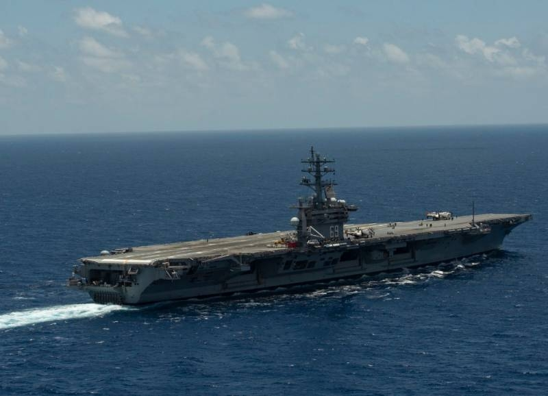 The strangeness of the intensive operation of one of the oldest aircraft carriers of the Navy is being discussed in the USA