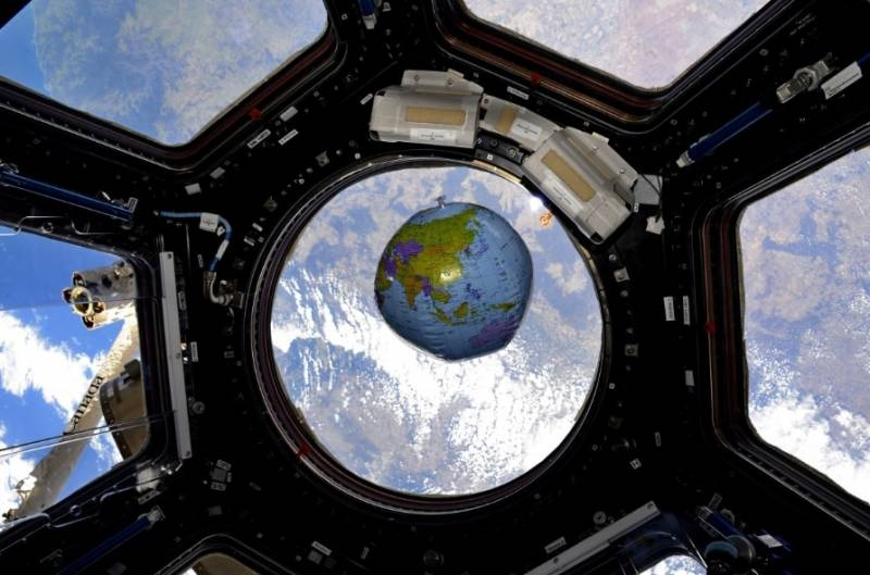 Dust monitoring can help locate ISS air leaks