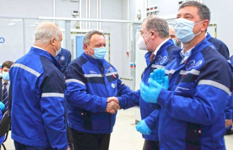The new power unit of the Leningrad NPP-2 delivered the first energy to the country's electrical system