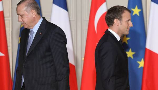 France prepares to impose sanctions on Turkey