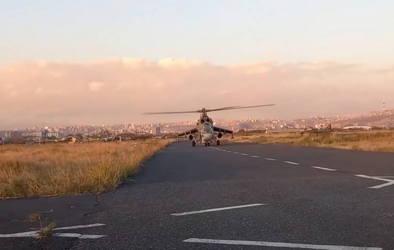 Helicopters transferred to Karabakh began to cover the columns of peacekeepers