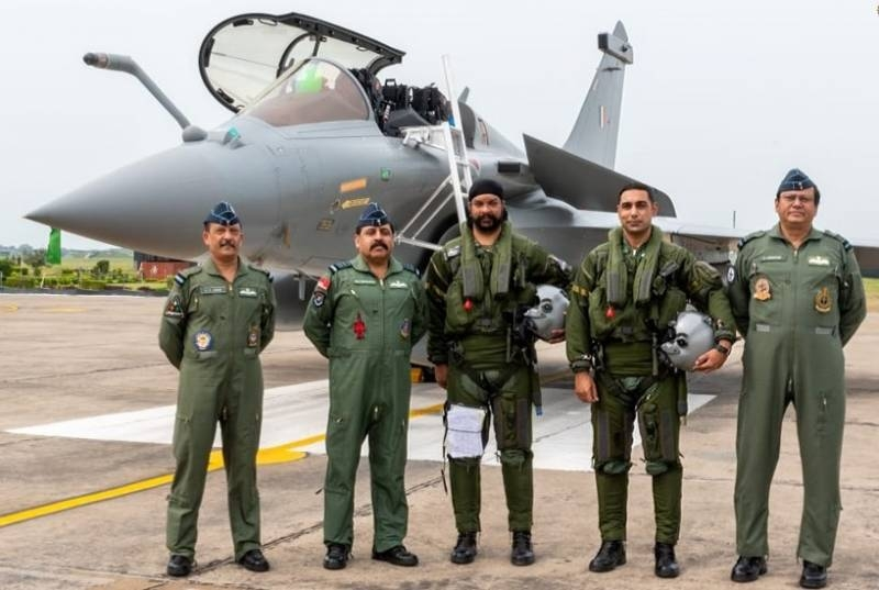 France calls the condition, at which it is ready to produce Rafale aircraft in India