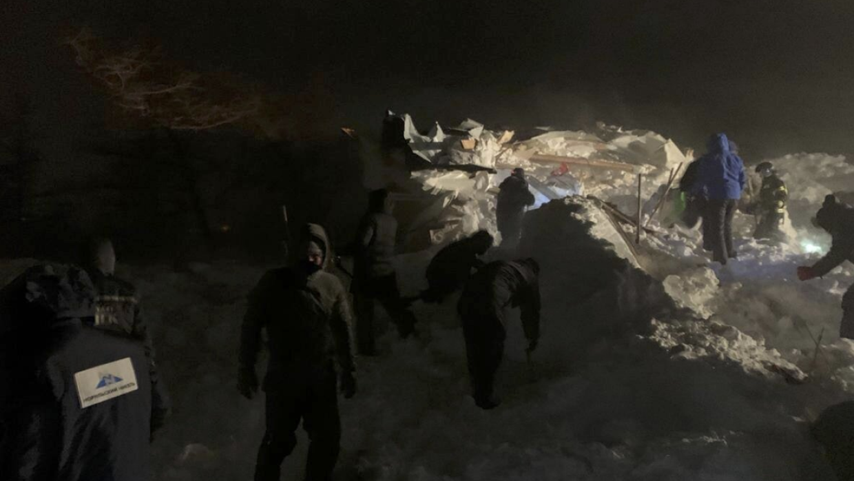 The body of a woman was found at the site of an avalanche in the Krasnoyarsk Territory