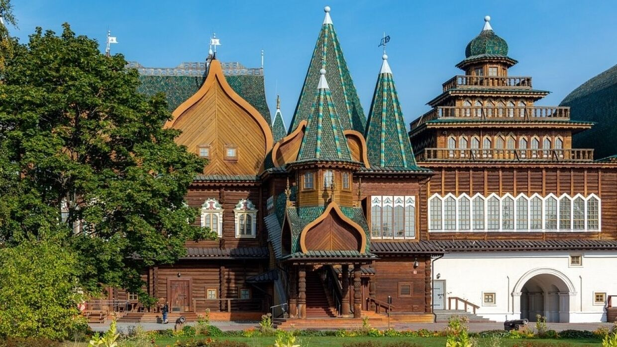 Tsar's estate in Kolomenskoye: palace secrets and mysticism of the ancient Slavs