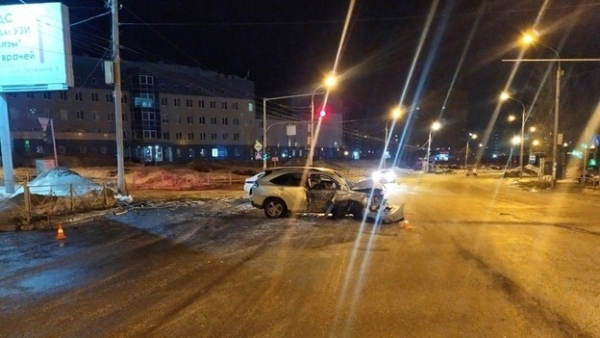 One person died and two were hospitalized after a night traffic accident in Novosibirsk