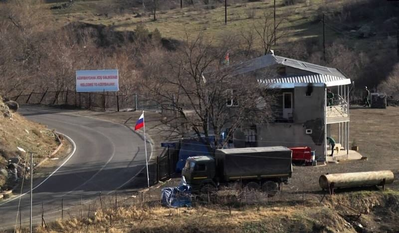 Two strong points of the Russian military base created in the south of Armenia